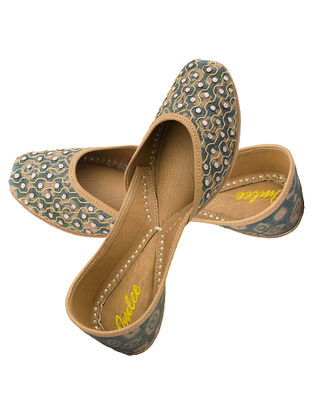 Grey Gota Embroidered Silk and Leather Juttis