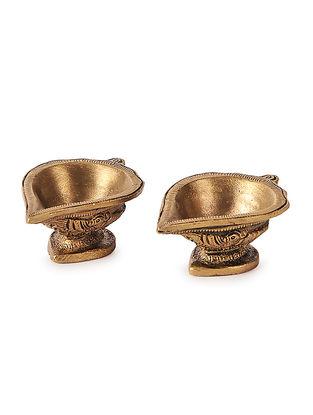 Brass Diya (Set of 2) (L:2.5in, W:1.6in, H:1in)