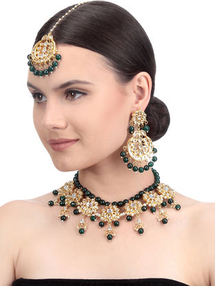 Green Gold Tone Kundan Inspired Necklace with Earrings and Maang Tikka (Set of 3)