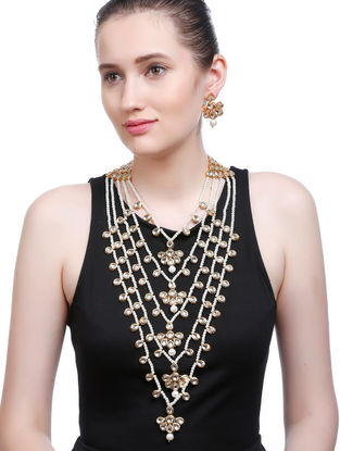 White Gold Tone Kundan Inspired Necklace with Earrings (Set of 2)