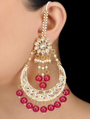 Pink Kundan-inspired Gold Tone Earrings with Floral Motif