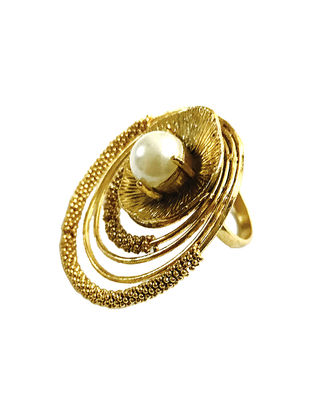 Pearl Swirls Gold-Plated Brass Adjustable Ring