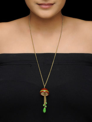 Red-Green Wood Necklace