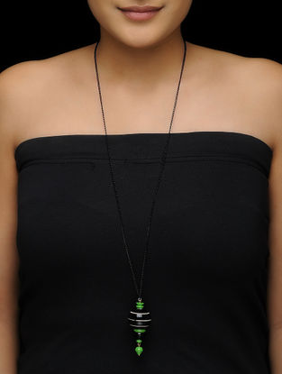 Black-Green Wood Necklace