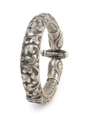 Peacock Silver Bangle (Hinged Opening) Size - 2/4