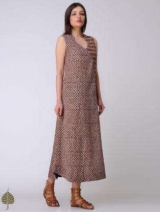 Indigo-Madder Dabu Cotton Dress by Jaypore
