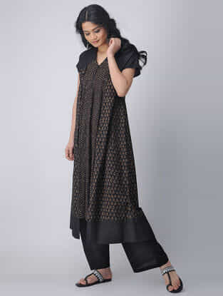 Black Block-printed Cotton Kurta with Top Stitch by Jaypore
