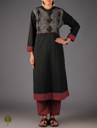 Black - Beige Pintuck Ajrakh Detailed Cotton Kurta By Jaypore