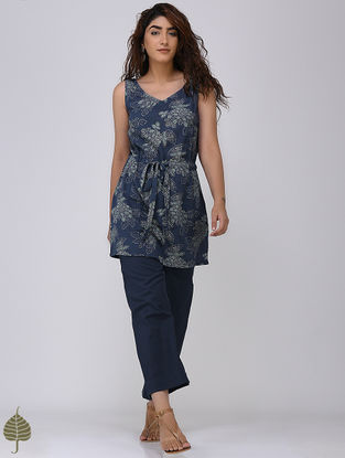 Indigo-White Block-printed Crinkled Cotton Top with front Tie-up by Jaypore