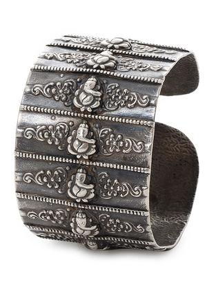 Tribal Silver Cuff with Lord Ganesha Motif