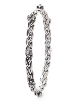Tribal Silver Bangle with Floral Design (Bangle Size -2/6)
