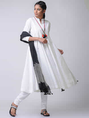 White Cotton Slub Kalidar Kurta by Jaypore