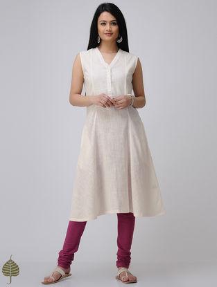 Ivory Cotton Slub Kurta by Jaypore