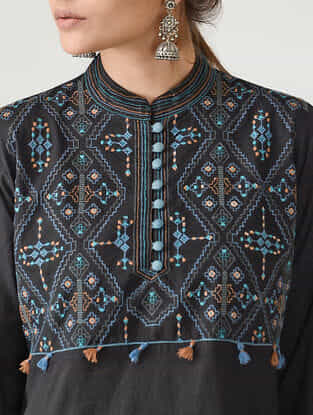 Black Embroidered Mandarin Collar Cotton Kurta by Jaypore