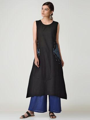 Black Embroidered Cotton Kurta by Jaypore
