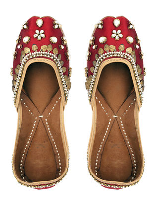 Red Dabka-Embroidered Silk Juttis with Embellishments