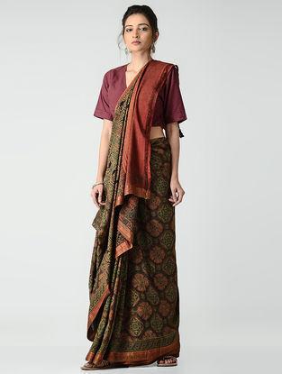 Green-Red Ajrakh-printed Mangalgiri Cotton Saree with Zari