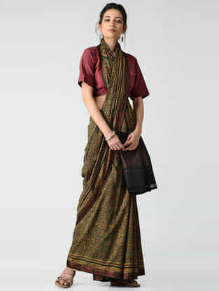 Green-Red Ajrakh-printed Mangalgiri Cotton Saree with Zari Border