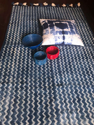 Connella Indigo-White Hand Woven Cotton Rug (5ft x 3ft)
