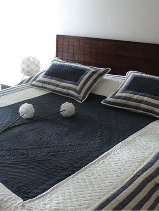 Rodolf Ivory-Charcoal Grey Khadi Cotton Quilt Set (Set of 3) (108in x 90in)
