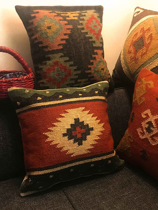 Erin Kilim Multicolored Hand Woven Cushion Covers (Set of 4) (18in x 18in)