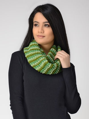 Green-Ivory Hand-knitted Wool Loop