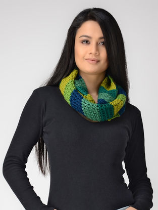 Green-Yellow Hand-knitted Wool Loop