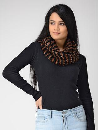 Black-Beige Hand-knitted Wool Loop