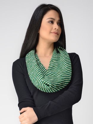 Green-Ivory Hand-knitted Wool Neck Warmer