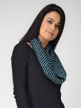 Blue-Ivory Hand-knitted Wool Neck Warmer