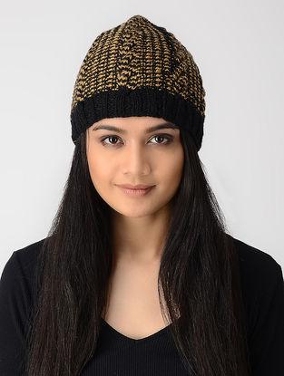 Black-Beige Hand-knitted Wool Cap