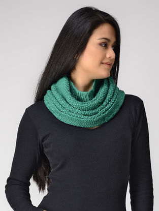 Green Hand-knitted Wool Cowl