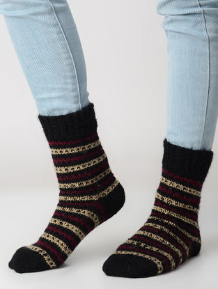 Black-Red Hand-knitted Wool Socks