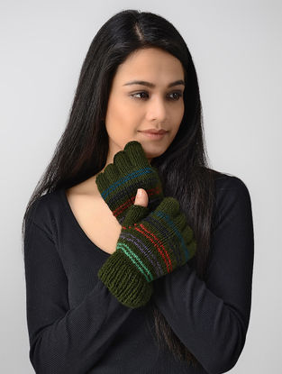 Green-Red Hand-knitted Wool Gloves