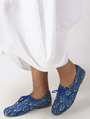 Indigo Dabu Printed Cotton Oxfords