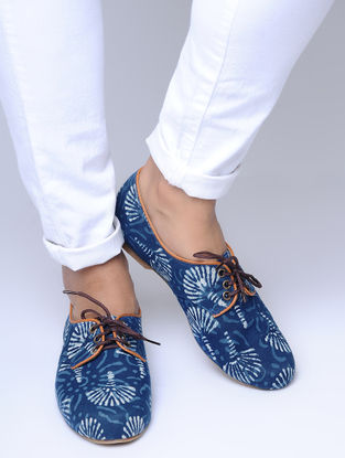 Indigo Dabu-Printed Cotton Oxfords