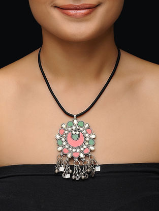 Green-Red Glass Silver Necklace with Floral Design
