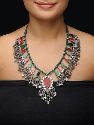 Red-Green Glass Thread Silver Necklace