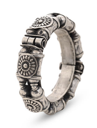 Tribal Hinged Opening Silver Bangle (Bangle Size -2/8)