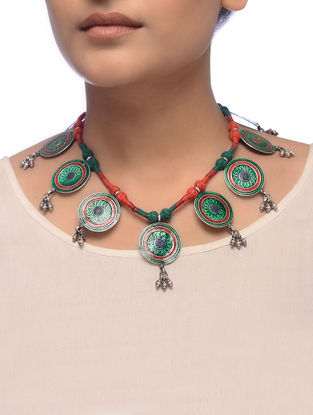 Green-Red Enameled Silver Thread Necklace