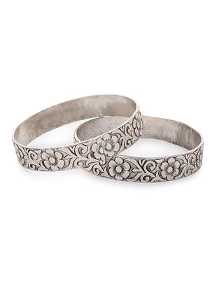 Tribal Silver Bangles with Floral Motif Set of 2 (Bangle Size -2/6)