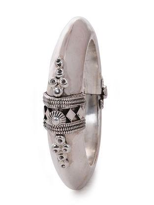 Hinged Opening Tribal Silver Bangle (Bangle Size -2/4)
