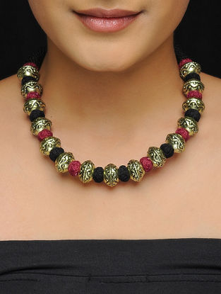 Maroon-Black Thread Gold Tone Brass Necklace