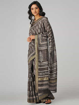 Kashish-Ivory Natural-dyed Dabu-printed Chanderi Saree