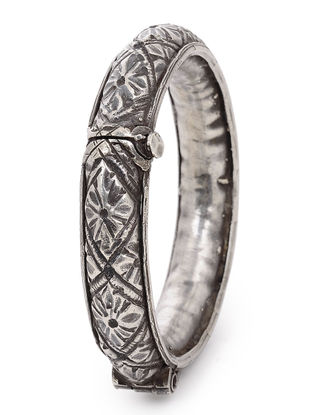 Tribal Hinged Opening Silver Bangle with Floral Motif (Bangle Size -2/10)