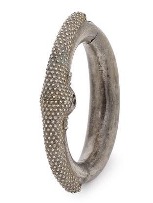 Hinged Opening Vintage Silver Bangle (Bangle Size -2/8)