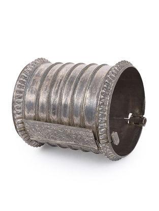 Vintage Hinged Opening Silver Bangle (Bangle Size - 2)