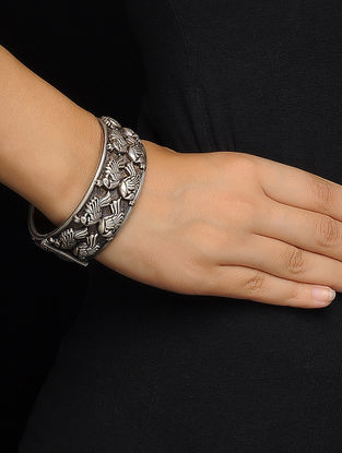 Tribal Silver Bangle with Peacock Design (Bangle Size -2/4)