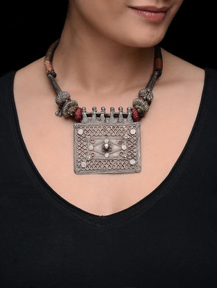 Brown-Pink Thread Silver Necklace