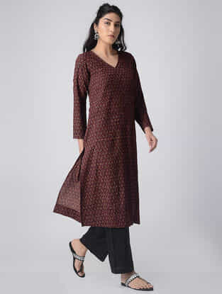 Madder-Ivory Block-printed Cotton Kurta with Pintucks by Jaypore